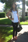 American-eagle-top-wax-jeans-parika-garzon-shoes-steve-madden-purse