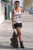 nude H&M t-shirt - black asos bag - black H&M shorts