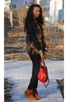 tawny Minnetonka shoes - burnt orange Faux fur jacket - ruby red paraty Chloe ba