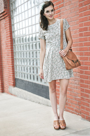 aquamarine modcloth dress - bronze modcloth bag - tan modcloth wedges