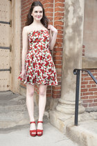 red modcloth dress - red modcloth wedges
