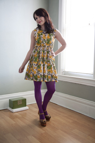 yellow modcloth dress - amethyst modcloth tights - brown modcloth heels