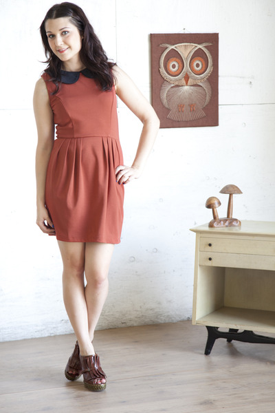 burnt orange modcloth dress - dark brown modcloth wedges