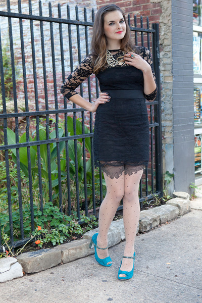 d9ba5be17eb0b black modcloth dress - neutral modcloth tights - turquoise blue modcloth  heels