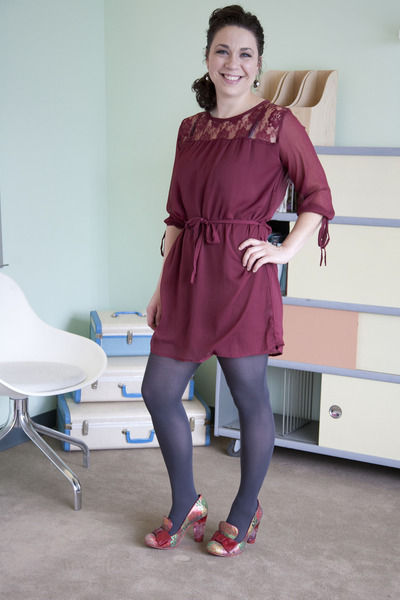 maroon modcloth dress - navy modcloth tights - red modcloth heels