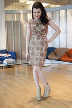 camel eva franco modcloth dress - beige modcloth wedges