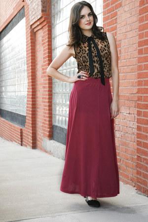 camel modcloth blouse - magenta modcloth skirt - black modcloth flats