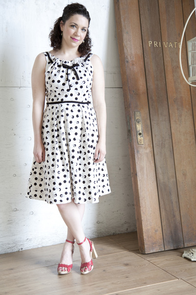 white modcloth dress - red modcloth sandals