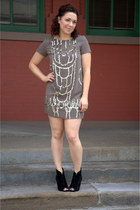 gray modcloth dress - black modcloth wedges