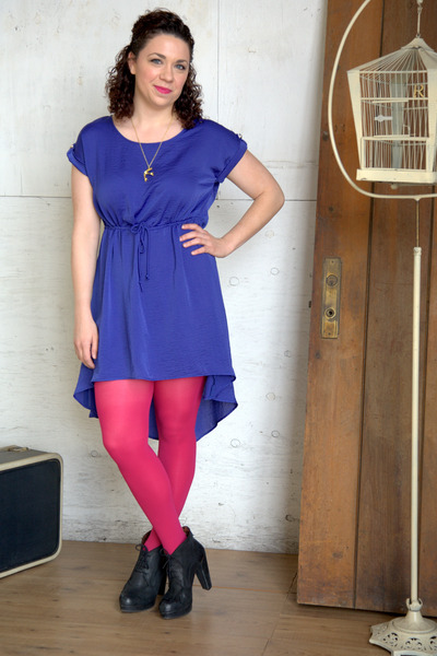 blue modcloth dress - hot pink modcloth tights - black modcloth heels