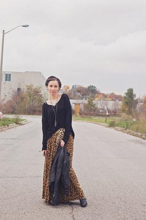 dark brown Mink Pink skirt - black pleather le chateau jacket