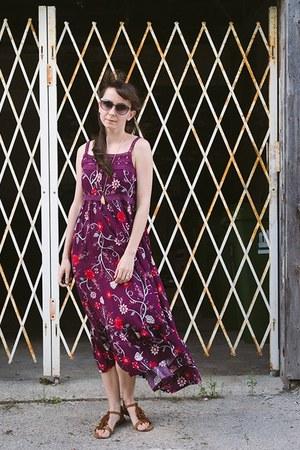 crimson midi dress Bella Boheme dress - brown fringed f21 sandals