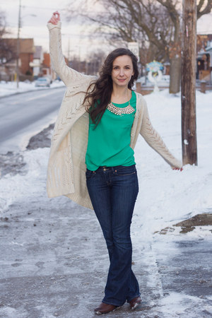 green bright Smart Set blouse - navy bootcut Gap jeans