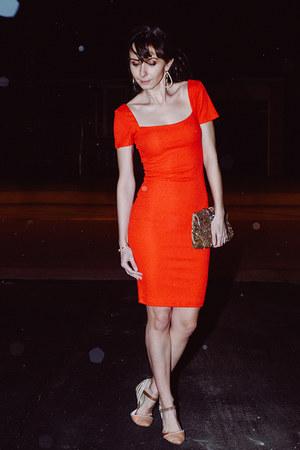ruby red formal lulus dress - light brown beaded clutch Raga purse