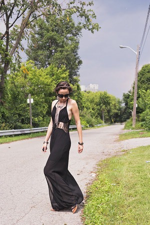 black maxi latiste dress