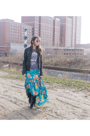 turquoise blue Spell Designs skirt - black leather jacket le chateau jacket
