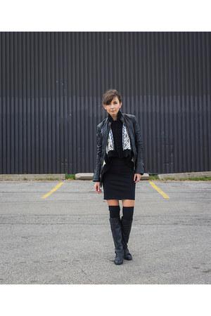 black riding Aldo boots - black bodycon Zara dress