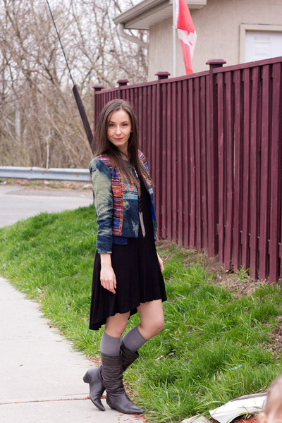 blue Flying Tomato jacket - gray slouchy Feet First boots