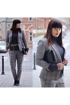 gray Zara jacket