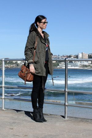 Glassons coat - J Brand jeans - Mulberry bag