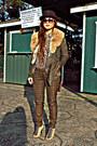 Dark-brown-felt-hat-urban-outfitters-hat-army-green-fumblin-foe-jacket