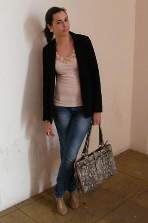 black Primark blazer - nude Zientacones heels - nude H&M t-shirt