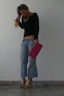 Blue-jeans-black-top