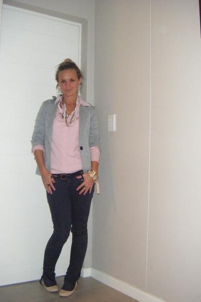Gray And Pink Shirt | Artee Shirt
