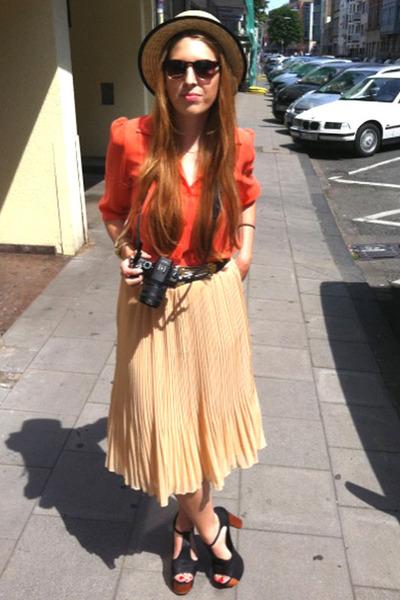 boutique belgique hat - boutique belgique skirt - boutique belgique blouse - Jef