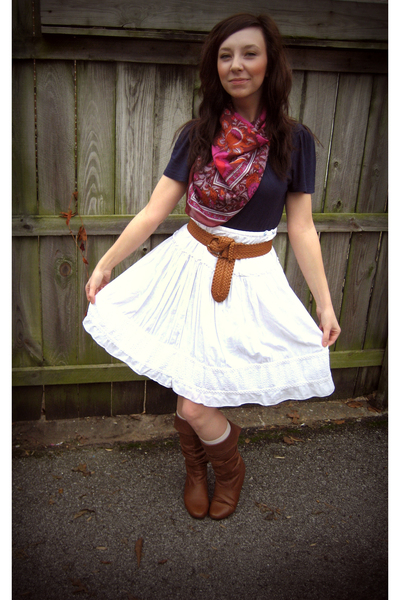 white American Eagle skirt - brown Forever 21 belt - brown Steve Madden boots -