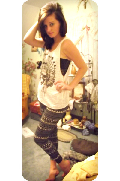 Aztec Target Leggings, Indian Skull Tank Top Tops, Black Lace ...