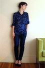 Blue-vintage-blouse-navy-urban-outfitters-pants-black-jessica-simpson-shoes