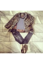 charcoal gray H&M jeans - beige real leather H&M Trend shoes
