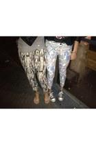 printed denim Zara jeans - loose-fit Bershka pants