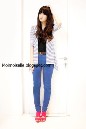 white DJODY cardigan - black Topshop top - blue Topshop pants - pink Zara shoes