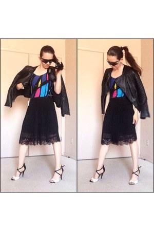 black jacket - black pleated midi skirt - black gloves