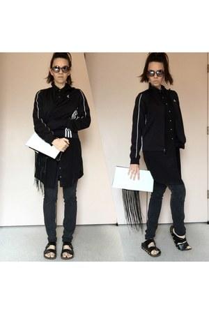 black shirt dress - black jeans - black jacket - white fringe clutch DIY bag
