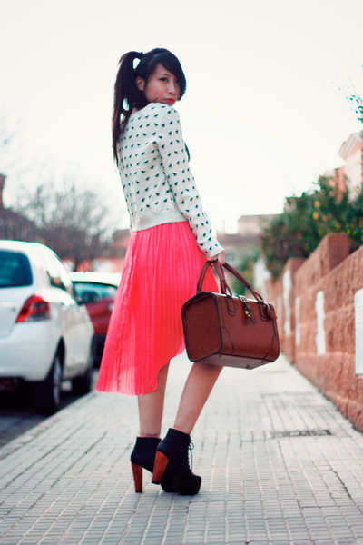 black Jeffrey Campbell boots - salmon Momo House skirt