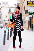 black Forever21 dress - ruby red Marypaz shoes - salmon Zara gloves