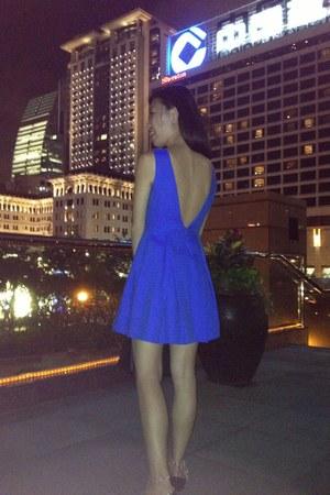 blue aalis dress - black birkin Hermes bag - forest green studs Valentino flats