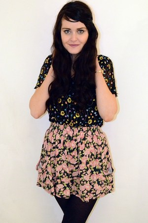 floral vintage top - floral Urban Outfitters skirt