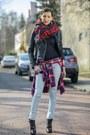 Black-leather-zara-jacket-red-cubus-shirt-blue-checkered-zara-scarf