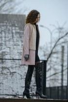 light pink faux fur Zara coat - black overknee simple boots