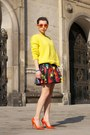 Yellow-oversized-zara-sweater-blue-no-name-bag-red-skater-h-m-skirt