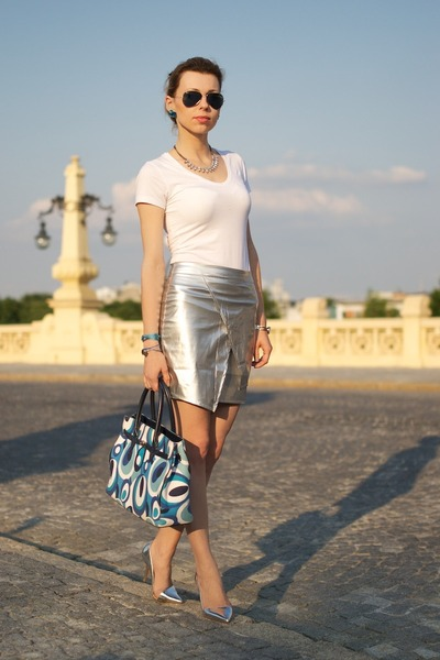 silver asymmetrical Zara heels - blue next bag - white Atmosphere top