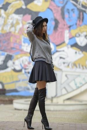 black Casadei boots - black H&M hat - heather gray bomber Zara jacket