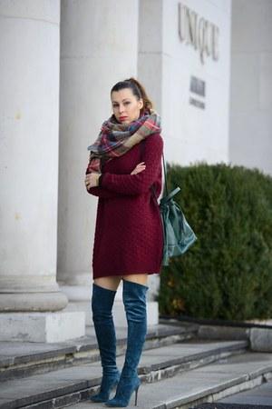 teal bucket bag Zara bag - teal Casadei boots - maroon oversized H&M sweater