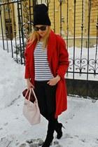 beanie New Yorker hat - tartan H&M scarf