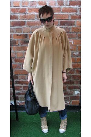 beige vintage cape coat - blue new look pants - beige ASH boots - black Alexande