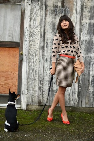 Forever 21 sweater - JCrew purse - thrifted vintage skirt - H&M pumps